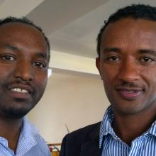 Photo of Aklilu Dessalegn (Managing Editor, The Ethiopian Journal of Business and Economics, EJOL) and Solomon Mekonnen (EJOL, AAUL and EIFL-OA country coordinator).